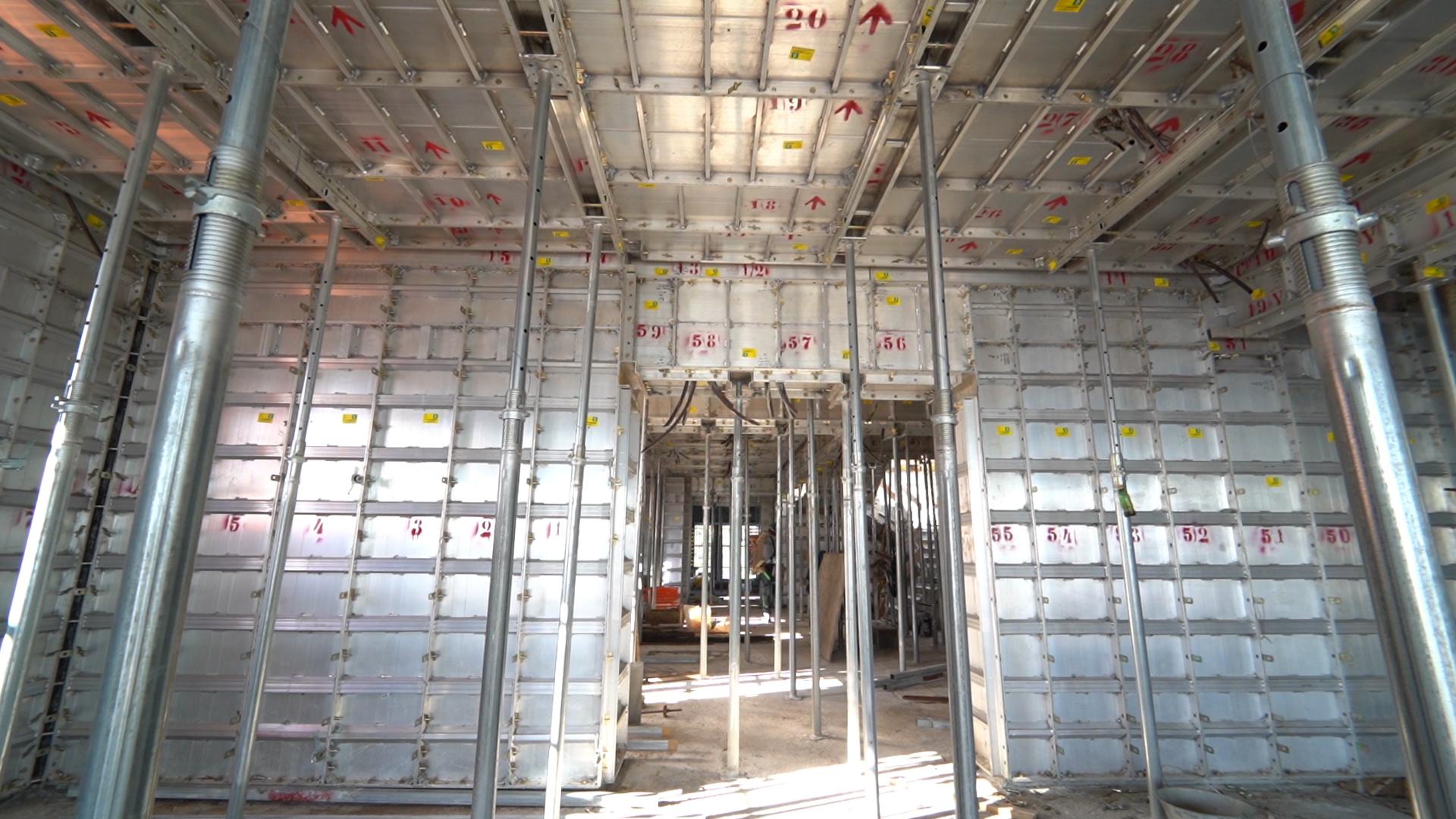 Construção do novo residencial Aurora Exclusive Home com o método Gang Forms