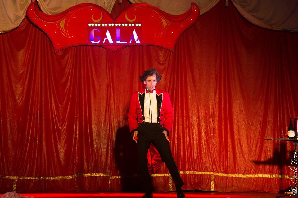 Da Magia ao Riso, com Trupe Spigolon, é atração do Domingo com Teatro do Iguatemi Florianópolis